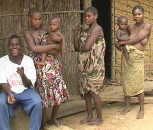Campement Pygmée Bagyeli de Bokui